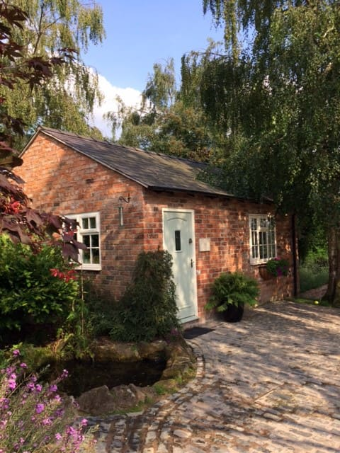 Lily Cottage, Great Budworth