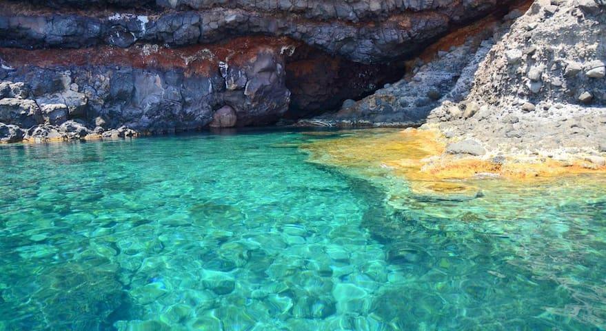 MONOLOCALE CON SOPPALCO - Capraia Isola
