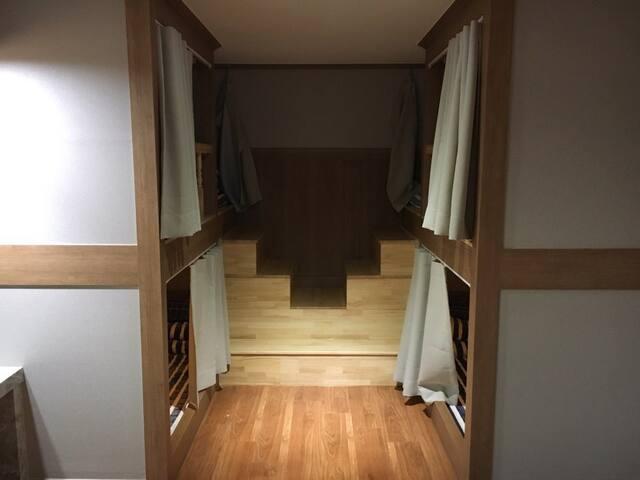 도미토리룸 6인실