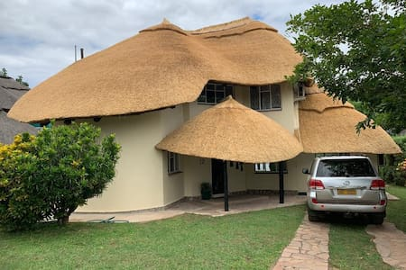 Muuyu lodge