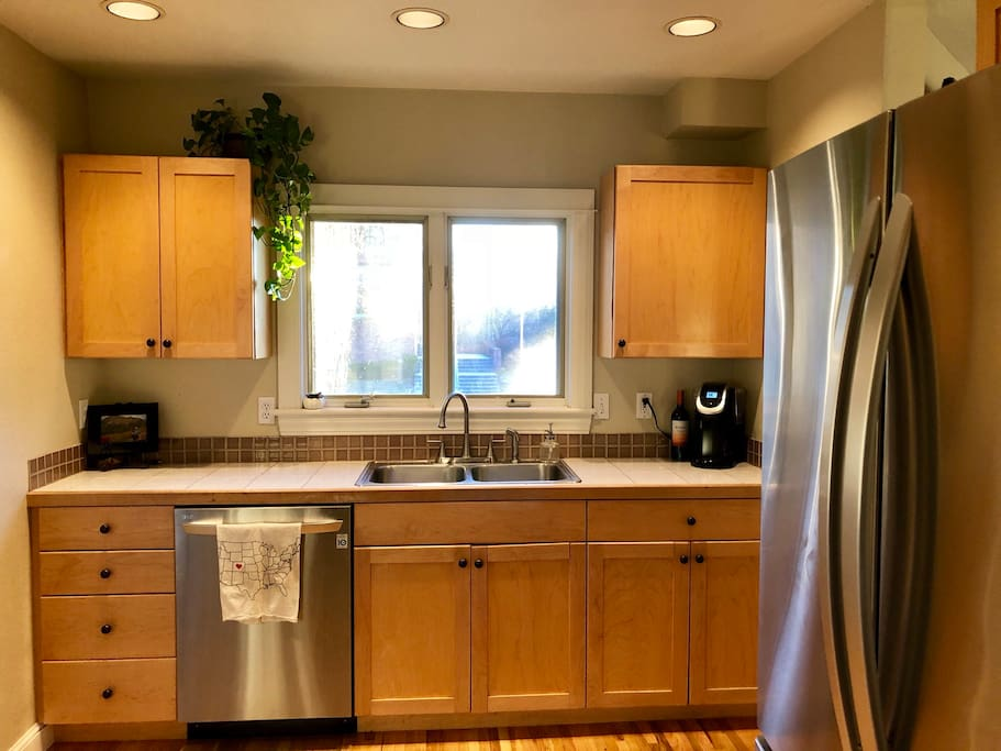 Kitchen with all new stainless appliances