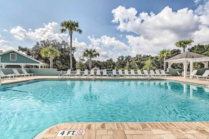 The Villages Resort Home w/ Comm. Pool & Golf