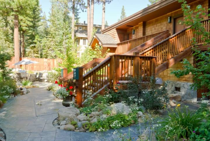 North Lake Tahoe condo in quiet neighborhood