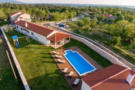 Villa Anica - Markoci - Vila