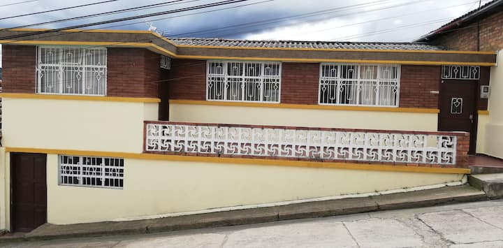Hostel La Abuela (casa completa)
