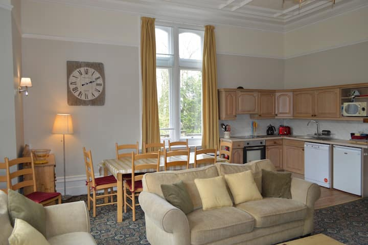 Windsor Apartment, Hargate Hall