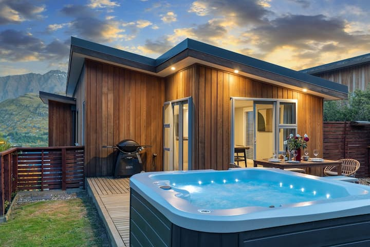 Highview Haven | Lake View | Spa Pool | Private Garden