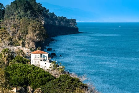 Cottage at the sea & beach, in a lemon estate - Praiola