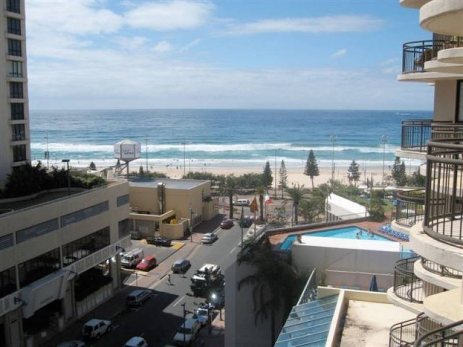 Imagine waking up to this incredible view of the famous Surfers Paradise Beach!
