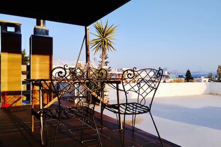 Loft by the sea with roofgarden - Vari - 公寓