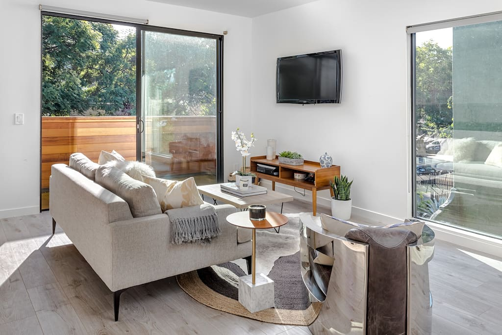 Bright rooms with large windows