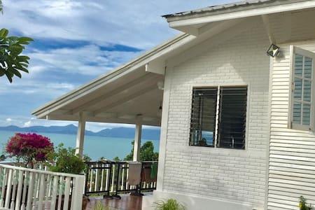 Samui Sea View White House Close to the Beach