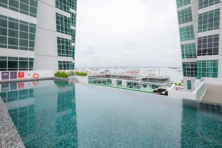 Duplex Suite with Pool View @ Maritime Suite - Pulau Pinang - Apto. en complejo residencial