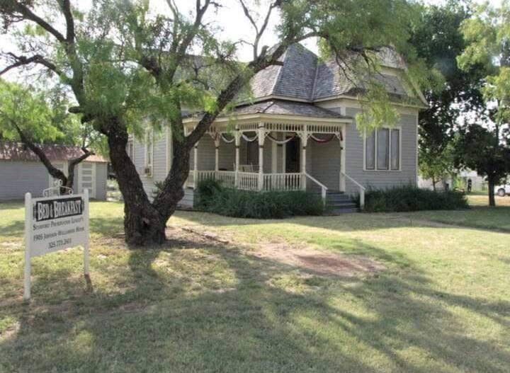 The Williamson-Johnson House 1905