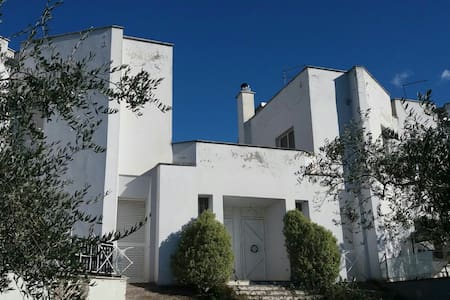 Large appartment in villa