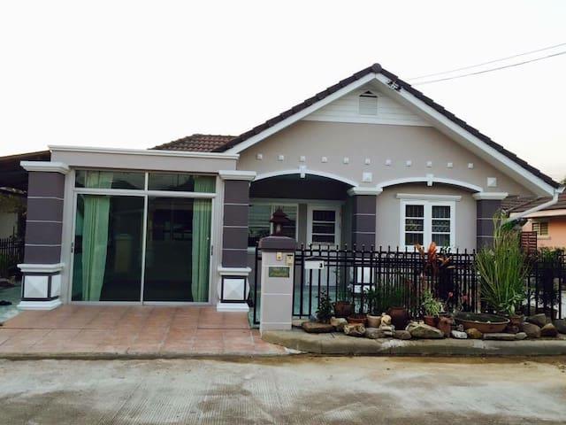 ChiangMai Home+Free Airport pick up - San Sai Noi  - House