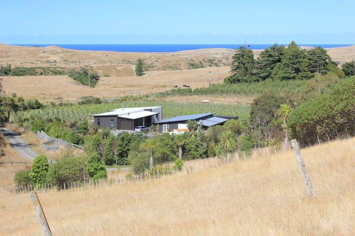 Vineyard Cottage Retreat