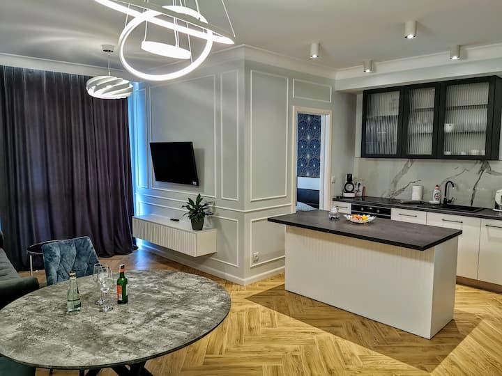Apartament z dużym, słonecznym tarasem, komfortowy