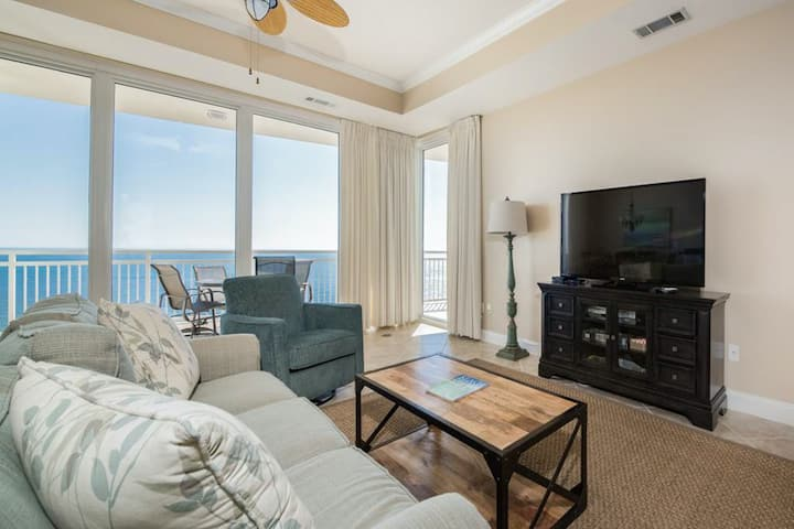 Beautiful, Gulf Front Townhome, 3 Decks W/ Views, Near Entertainment