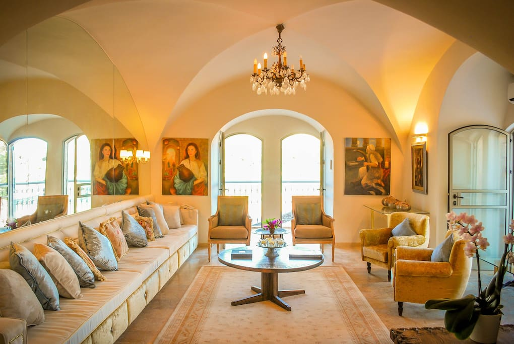 Double-Aspect Vaulted Living Room