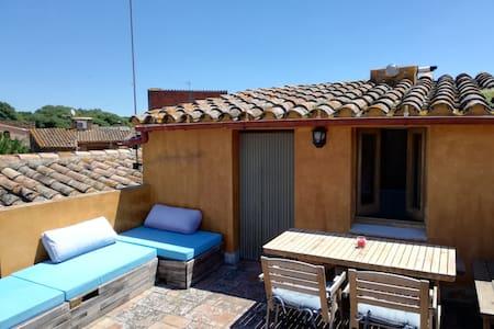 Maison de village avec terrasse/vues APTE TELEWORK