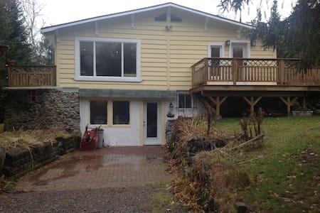 Cottage for rent - Val-Morin - Bed & Breakfast