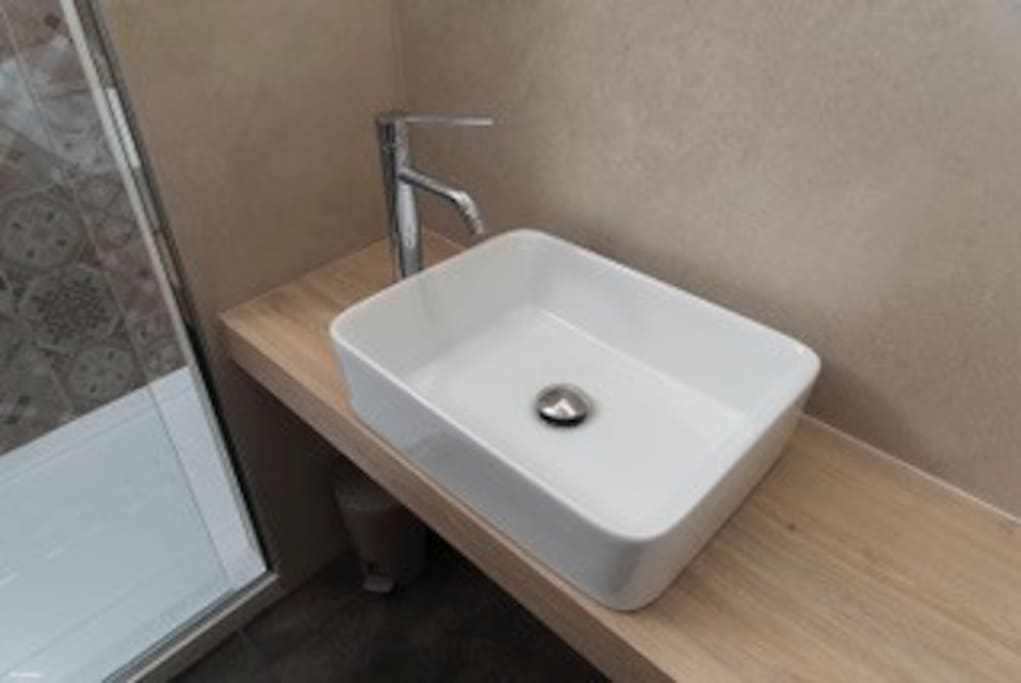 bagno privato con doccia extra large