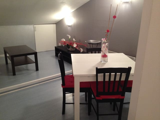Appartement sous comble - Dieulouard - Apartment