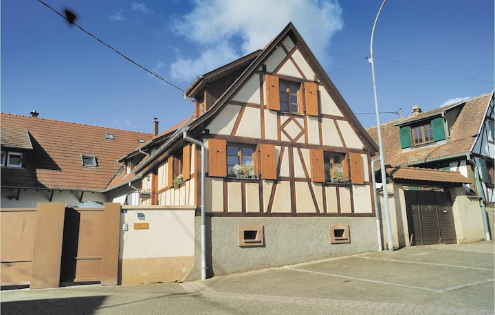Amazing home in Odratzheim with WiFi and 2 Bedrooms