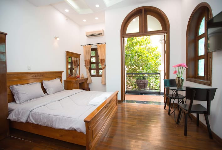 CBD de villa - Indochine room with wide balcony