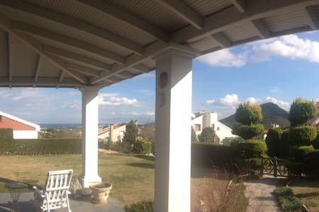 Country side relaxing villa with perfect location - Urla - Casa de camp