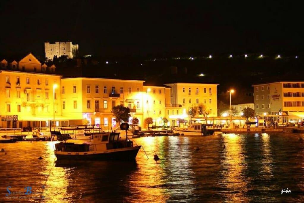 Grad Senj, noću