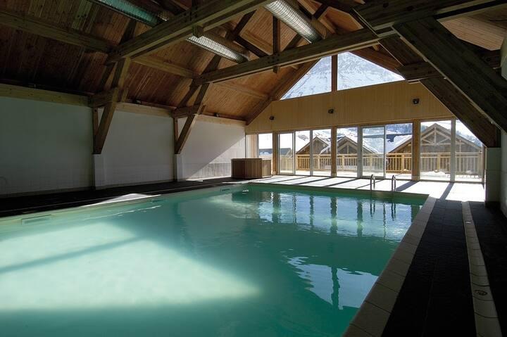 Studio cosy et abordable à 250m des pistes | Piscine et sauna sur place