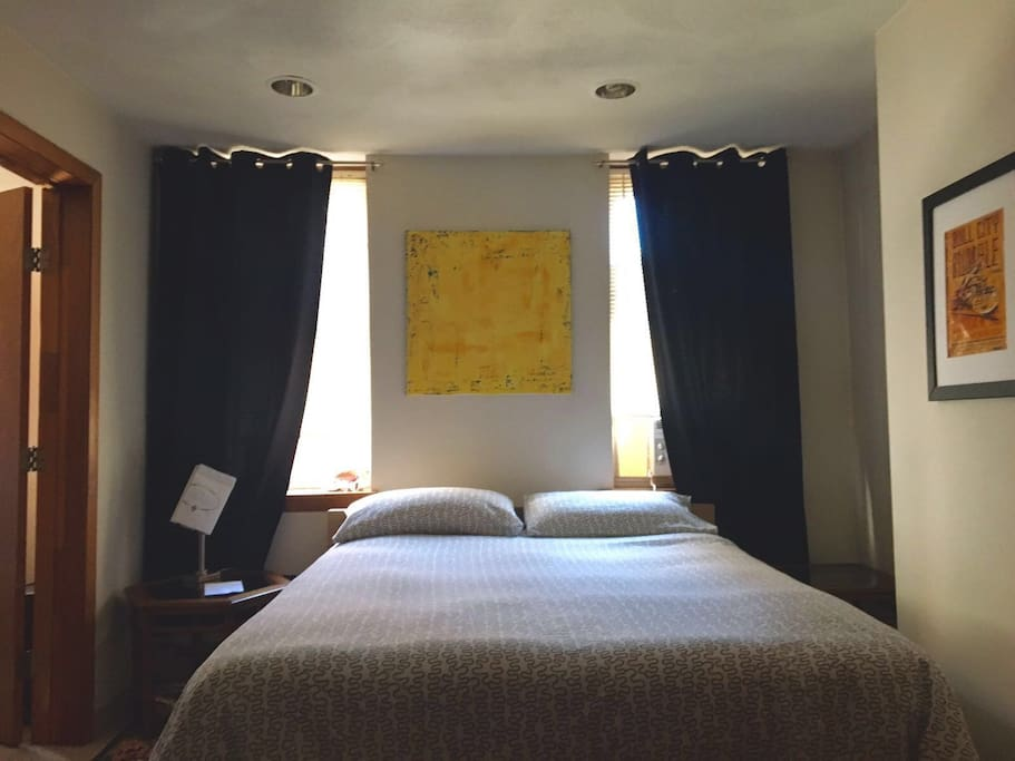 Guest room with 2 closeth extra space