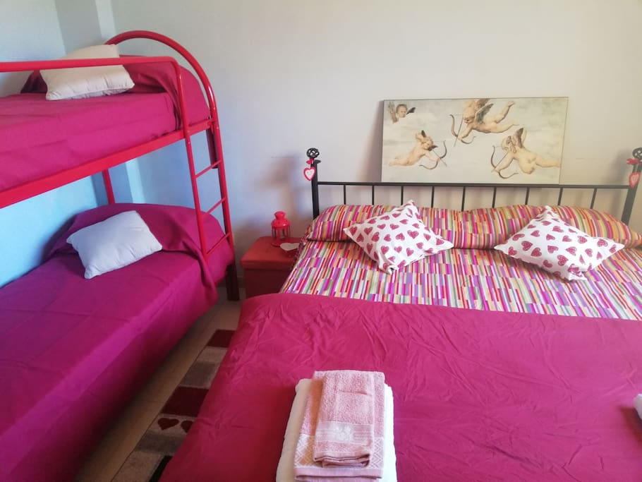 Camera da letto + Letto a castello (opzionale)