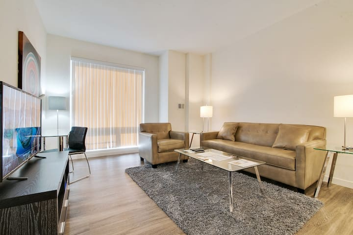 Lux 1BR Apt in San Francisco + Upscale Amenities