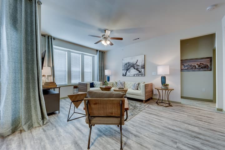Your home away from home | 1BR in San Antonio