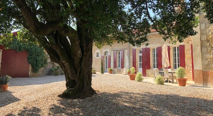 Le métayer au Château Laroque-Dubos