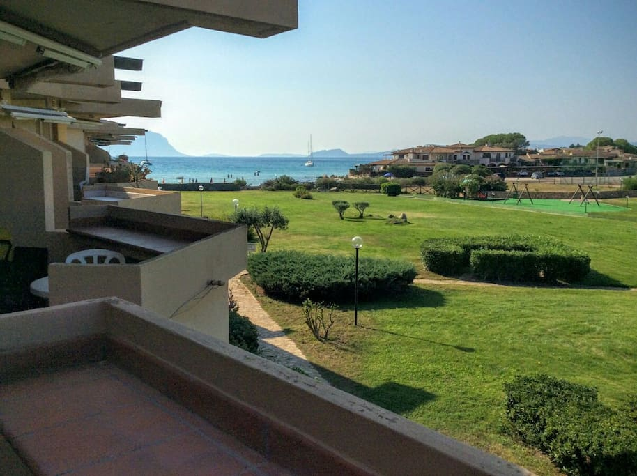 double terrace with seaview, residence right on the beach, park in the middle
