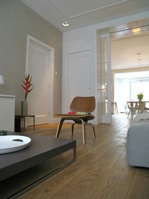 Our light filled living room is filled with bautiful eames furniture from the 50's.