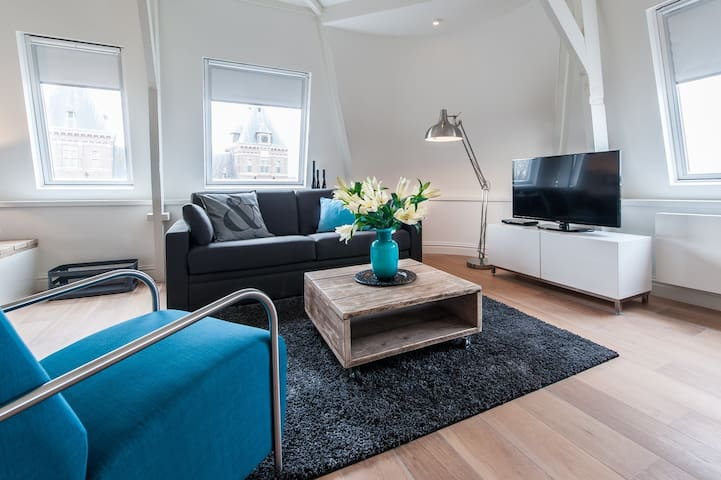 Stunning 2 Bedroom apartment for 4 pers located next to Tropen Museum