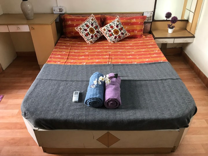 2BHK,AC,Fully Furnished Entire Flat @ Central Pune