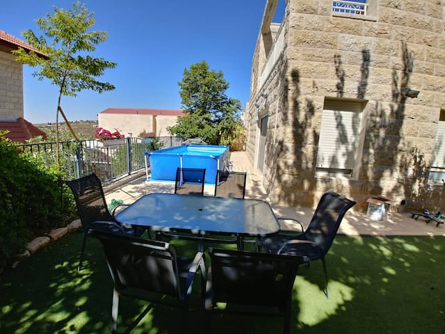 Spacious, clean, beautiful house in Elazar + pool