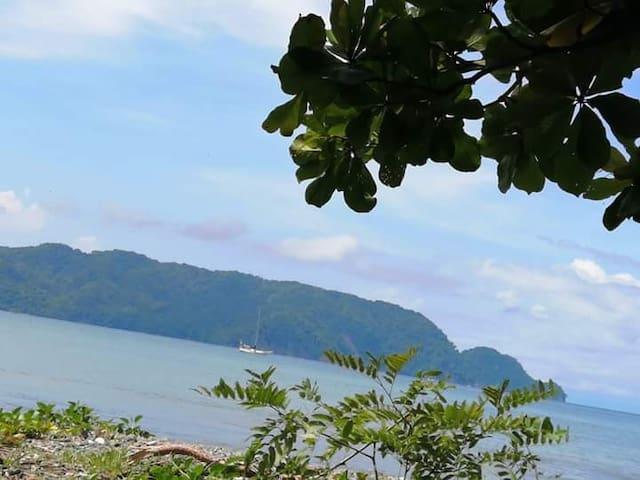 Villa Linda en tambor Costa Rica  bellos paisajes
