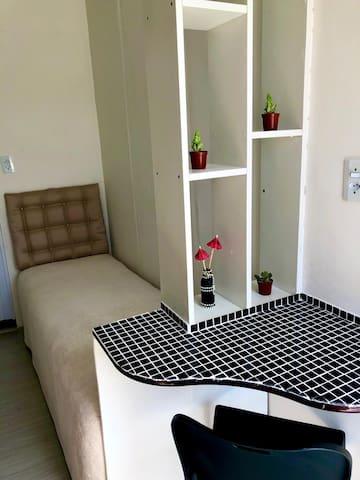 Studio compacto perfeito para uma pessoa