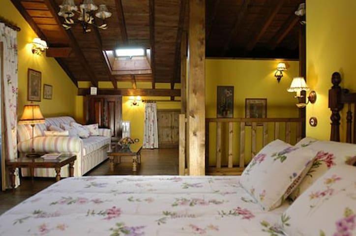"""Apartamento """"La Najarra"""" - Miraflores de la Sierra - Wohnung"""