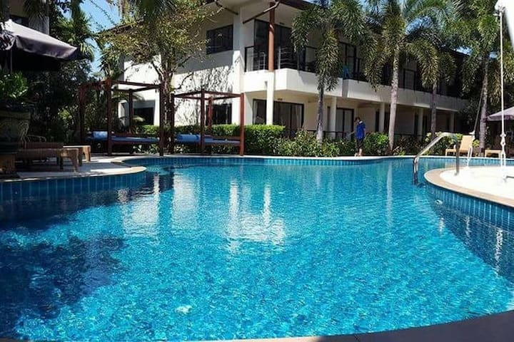 Pool View Private Apartment near Airport (D9) - Ko Samui - Apartment