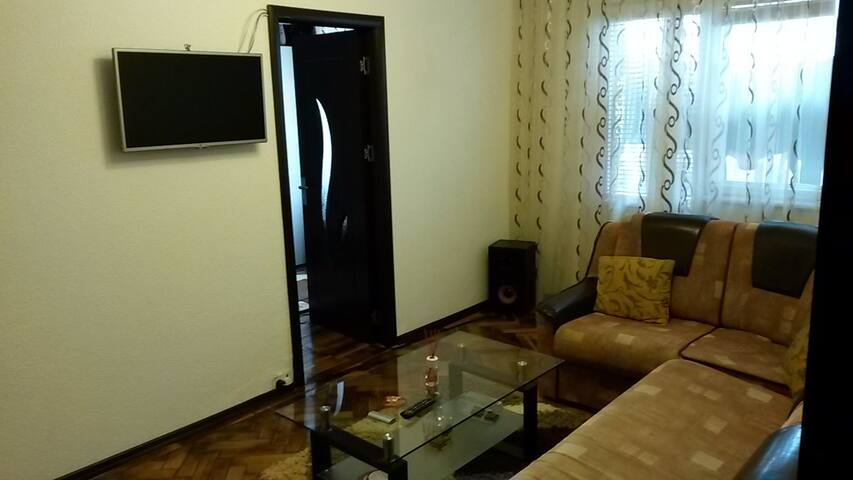 "Summer time ""Nicu apartment""! - Mangalia - Lejlighed"