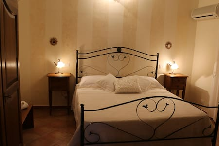 Bed and Breakfast Le Foglie d'Argento - Caltabellotta - 住宿加早餐