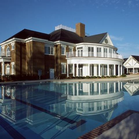 2 Bedroom Villa @ Williamsburg Plantation Resort